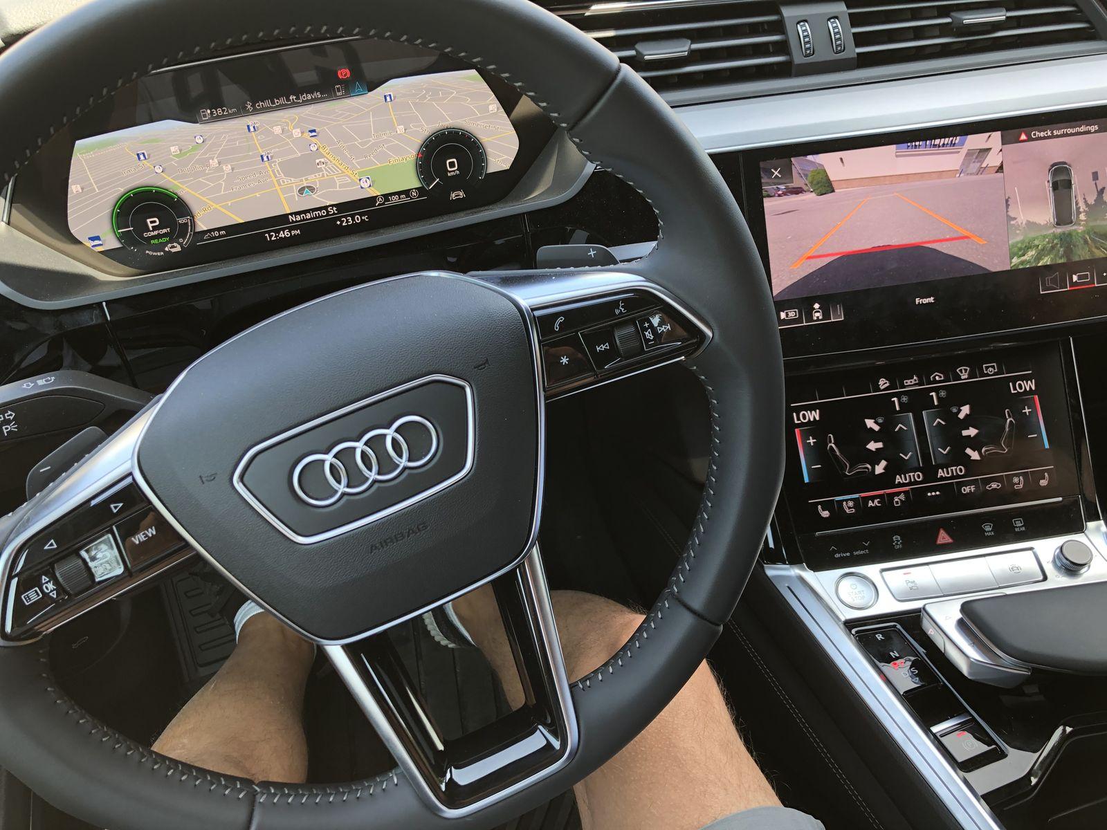 Тестдрайв Audi e-tron - 18