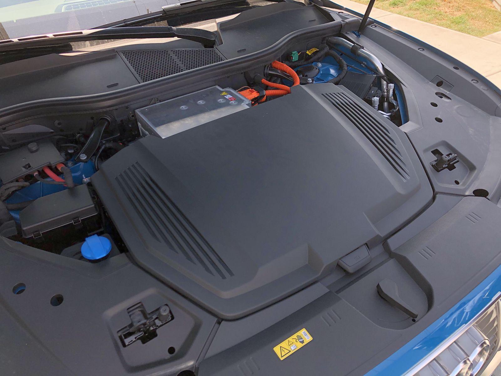 Тестдрайв Audi e-tron - 19