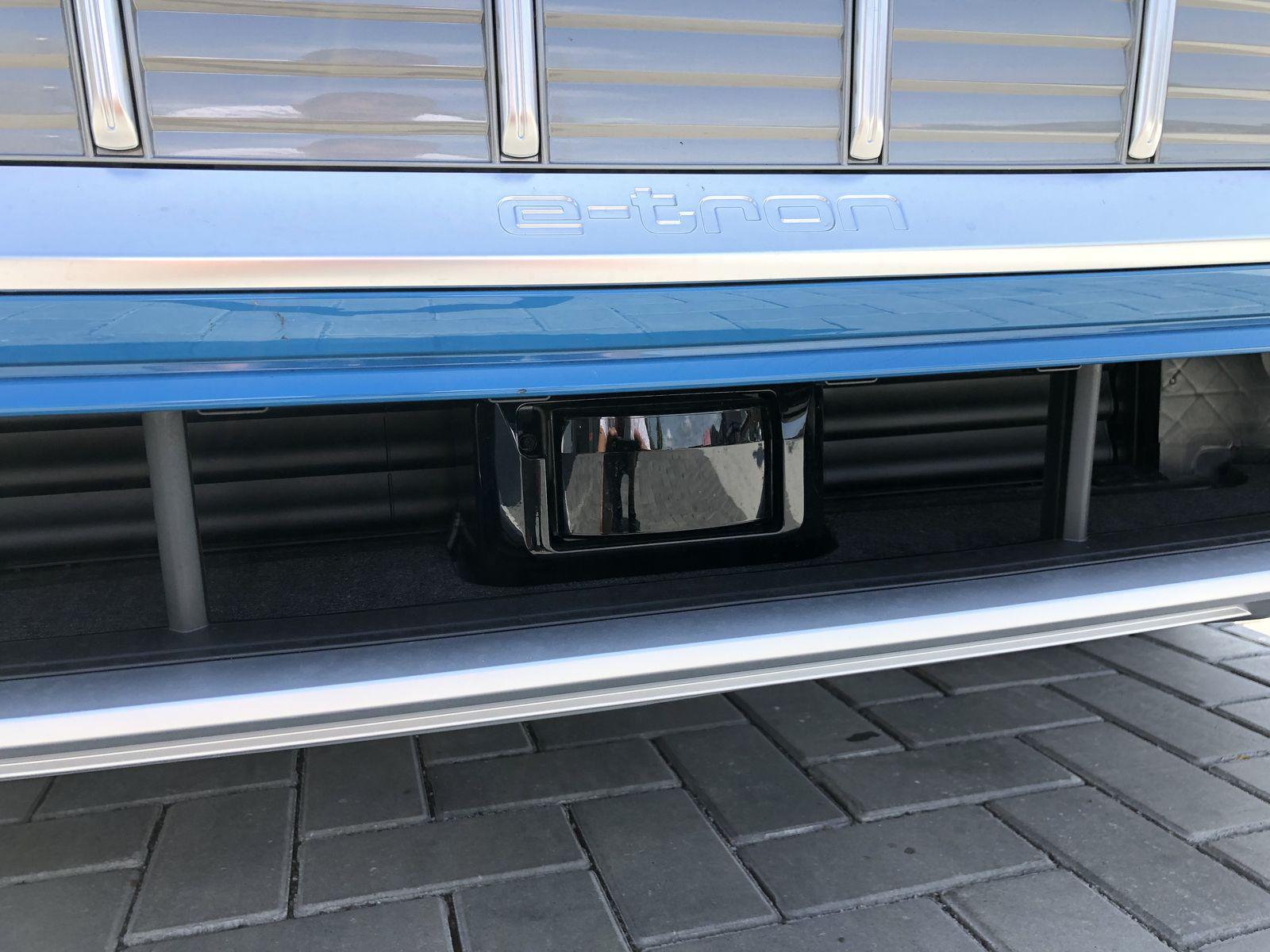 Тестдрайв Audi e-tron - 23