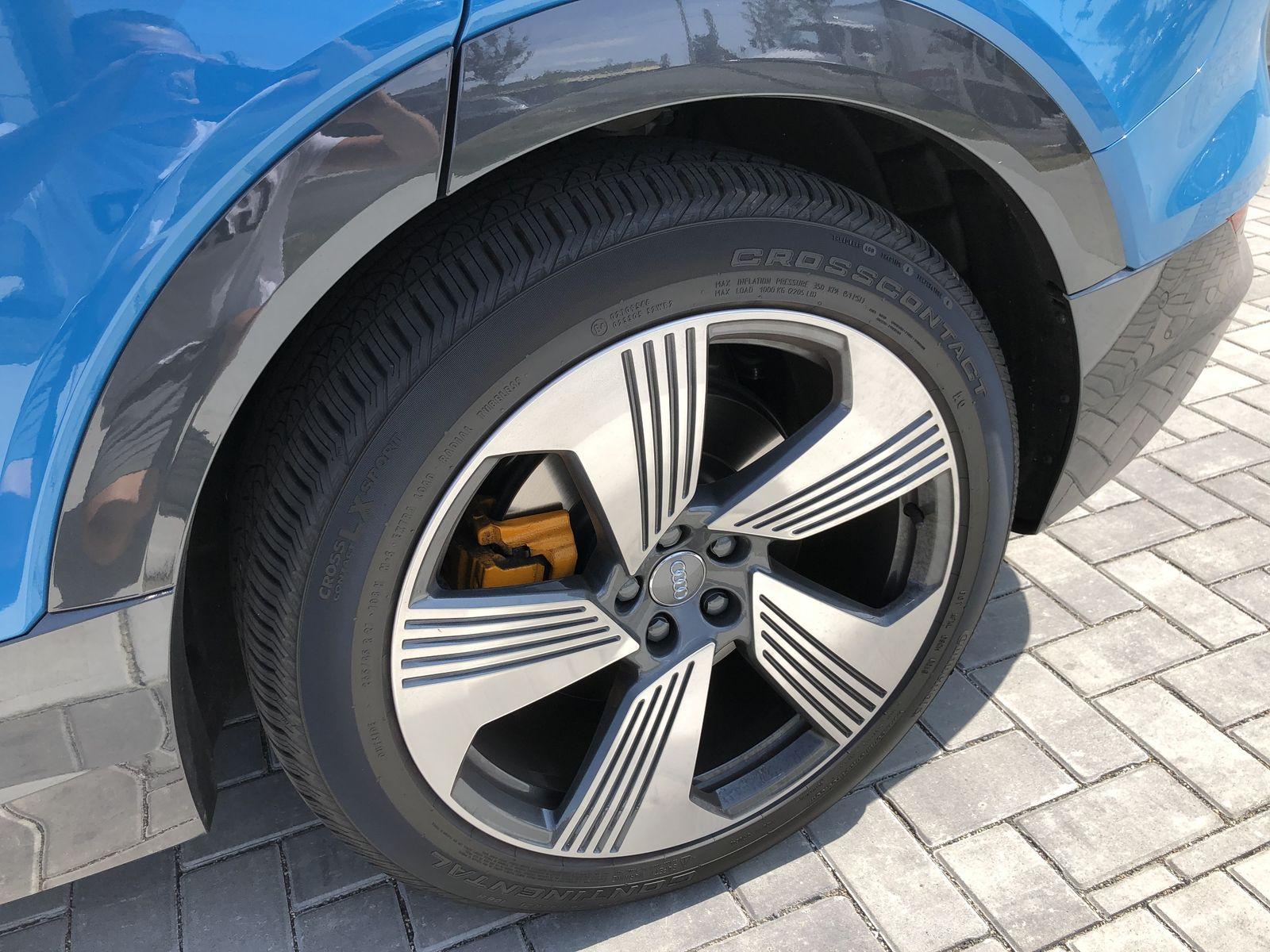 Тестдрайв Audi e-tron - 7