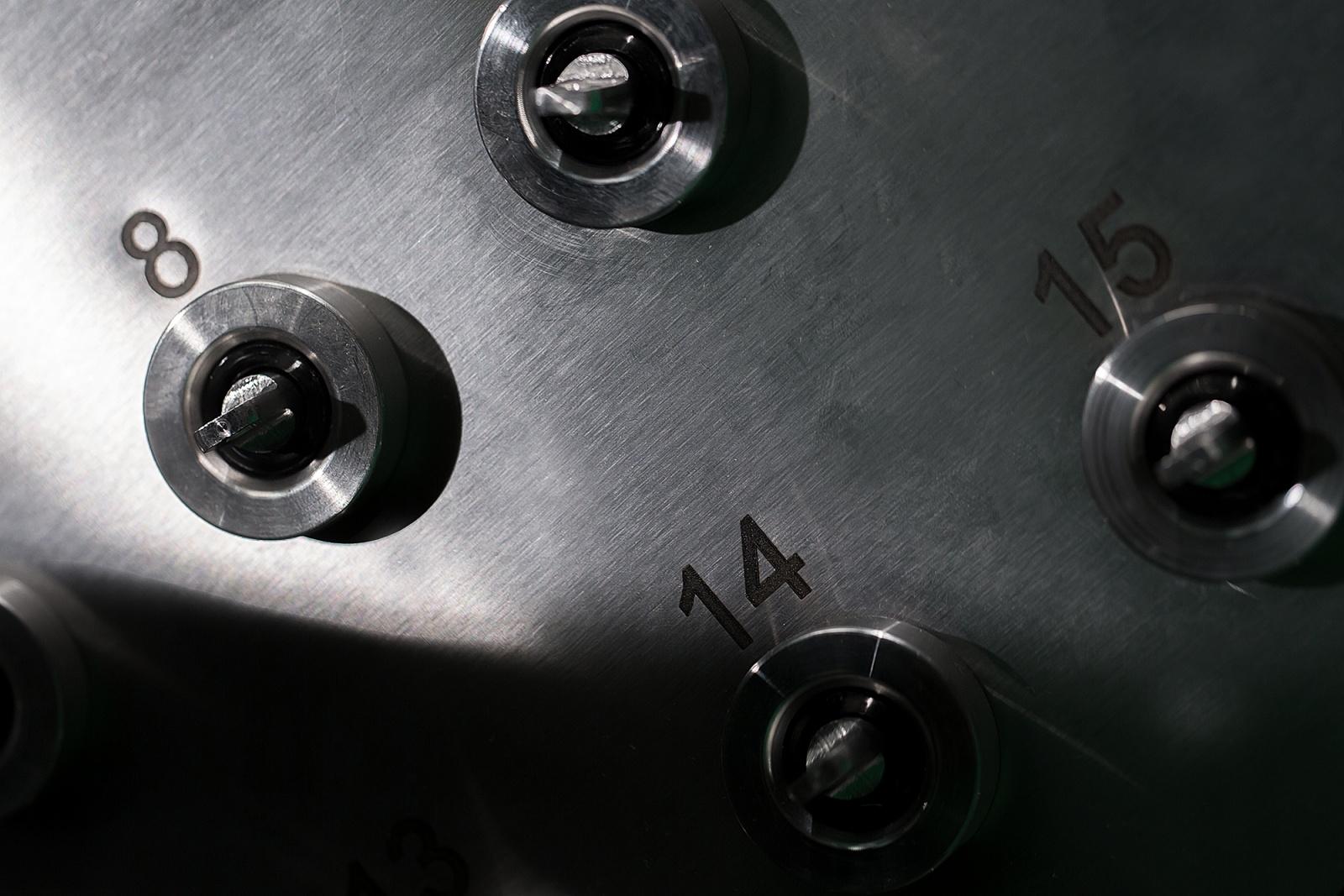 Тестируем умную ключницу (водка, кефир, чужие фотографии) - 4