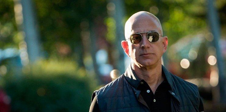 В конце июля Джефф Безос продал акции Amazon на 1,8 миллиарда долларов - 1