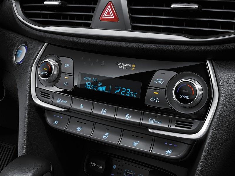 Найдется всё: тест Hyundai Santa Fe
