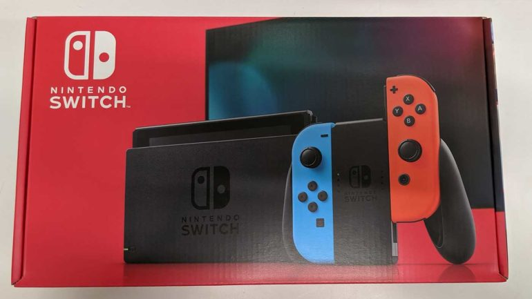 Обновлённая игровая консоль Nintendo Switch с большей автономностью уже появилась в продаже