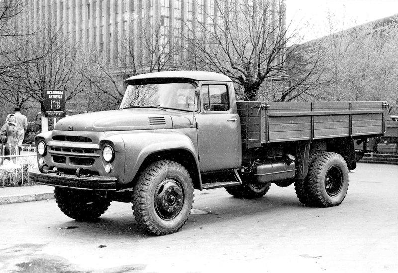 Лучшие машины ЗиЛа: золотые времена промышленного гиганта СССР