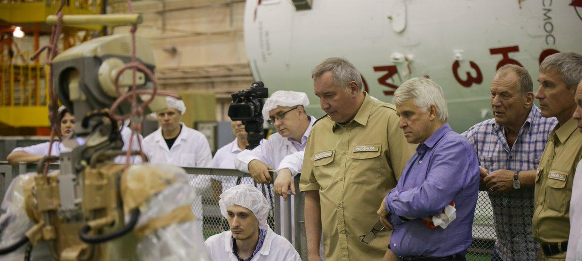 Совет главных конструкторов по российскому сегменту МКС разрешил запуск корабля «Союз МС-14» с роботом FEDOR - 4