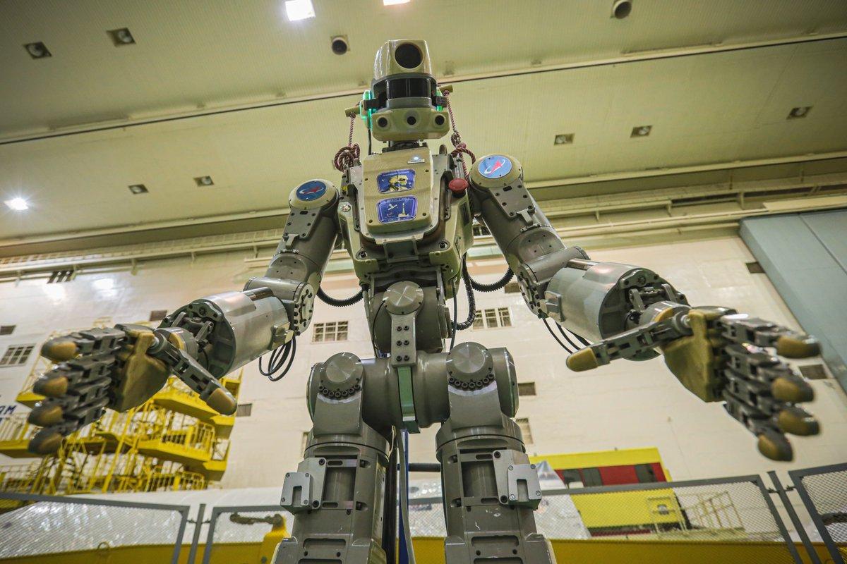 Совет главных конструкторов по российскому сегменту МКС разрешил запуск корабля «Союз МС-14» с роботом FEDOR - 6