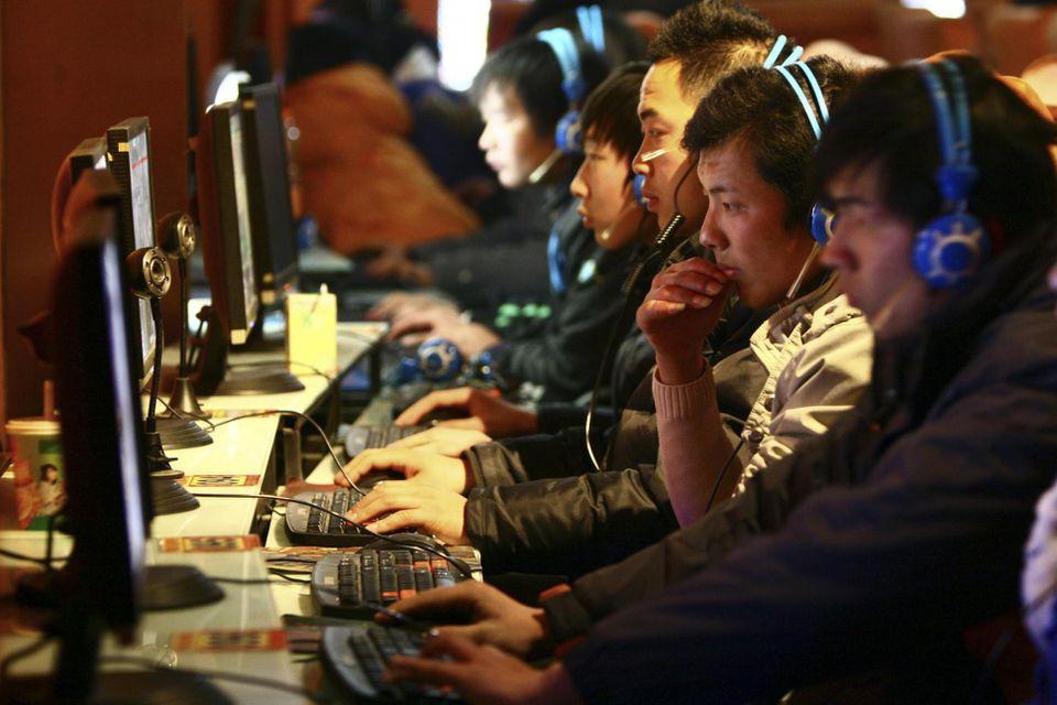 Китай может запретить сплетникам и распространителям дезинформации пользоваться интернетом - 1