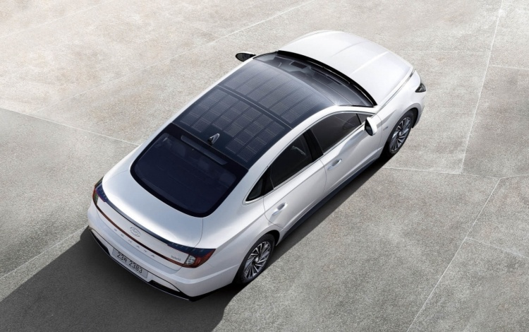 Первый автомобиль Hyundai с солнечной крышей поступил в продажу в Южной Корее