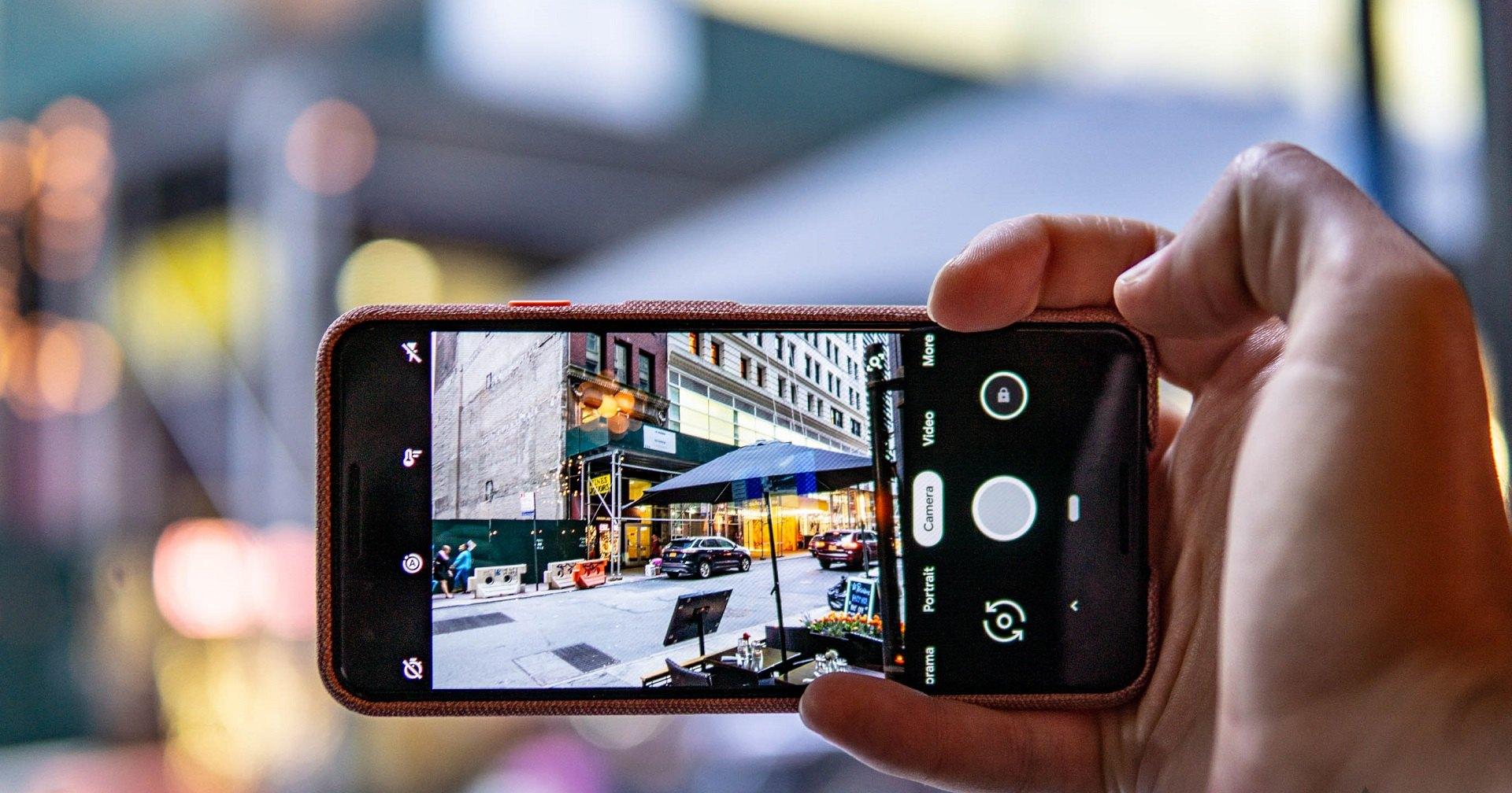 Пользователи «гуглофона» озадачены тряской камеры