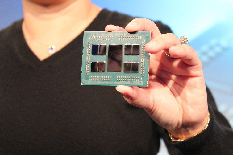 AMD представила 7-нанометровые процессоры Epyc второго поколения (Rome): топовая 64-ядерная модель Epyc 7742 стоит всего $6950