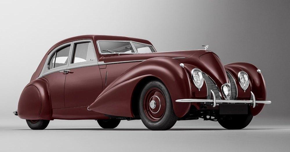 Bentley воссоздала уникальный автомобиль 1939 года