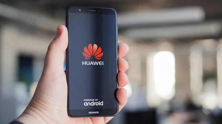 Бюджетный прорыв. Huawei показала смартфон со сканером отпечатков пальцев под LCD