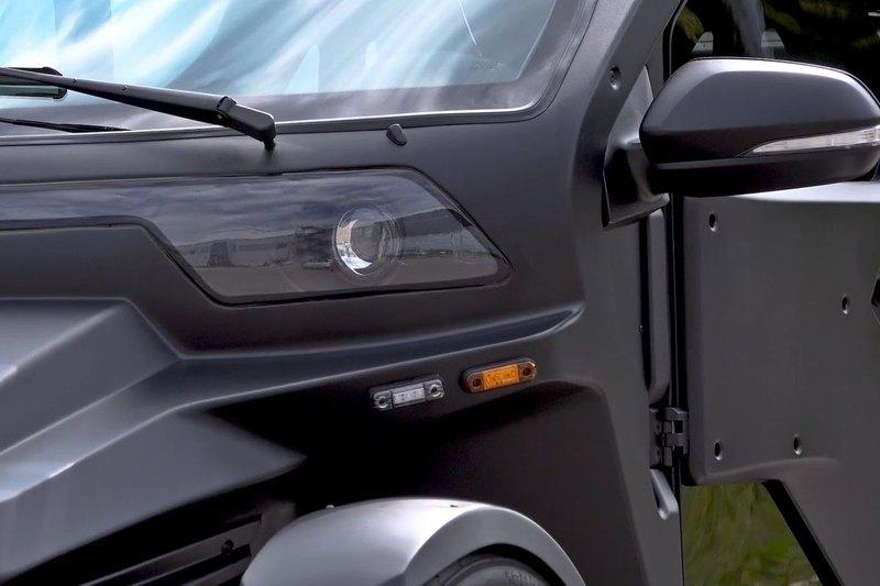 «Калашников» представил электромобиль для каршеринга, который едет по встречке