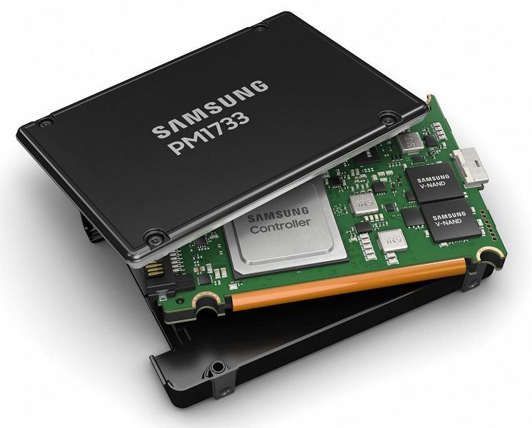SSD Samsung PM1733: скорость чтения 8,0 ГБ/с, производительность 1 500 000 IOPS, объем — до 30,72 ТБ