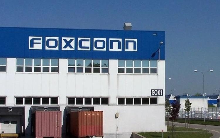 Индийский завод Foxconn выпускает только 1 млн iPhone в год