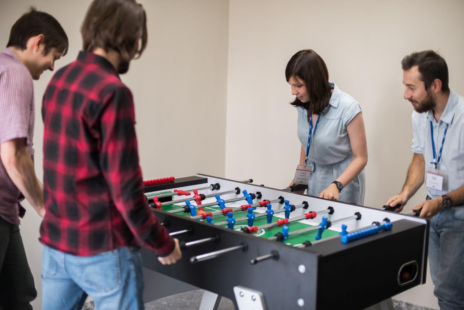 Комфортный офис — помогает работать или мешает и отвлекает? Ответят Sidenis, Alternativa Games и FunBox - 4