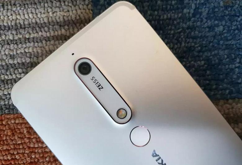 Смартфоны Nokia 8, Nokia 6, Nokia 5, вышедшие ещё в 2017 году, будут получать патчи безопасности ещё более года