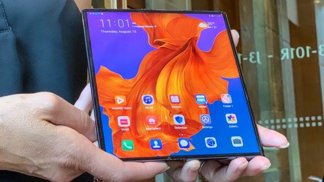 Складной смартфон Huawei Mate X вновь отложен, на этот раз до ноября