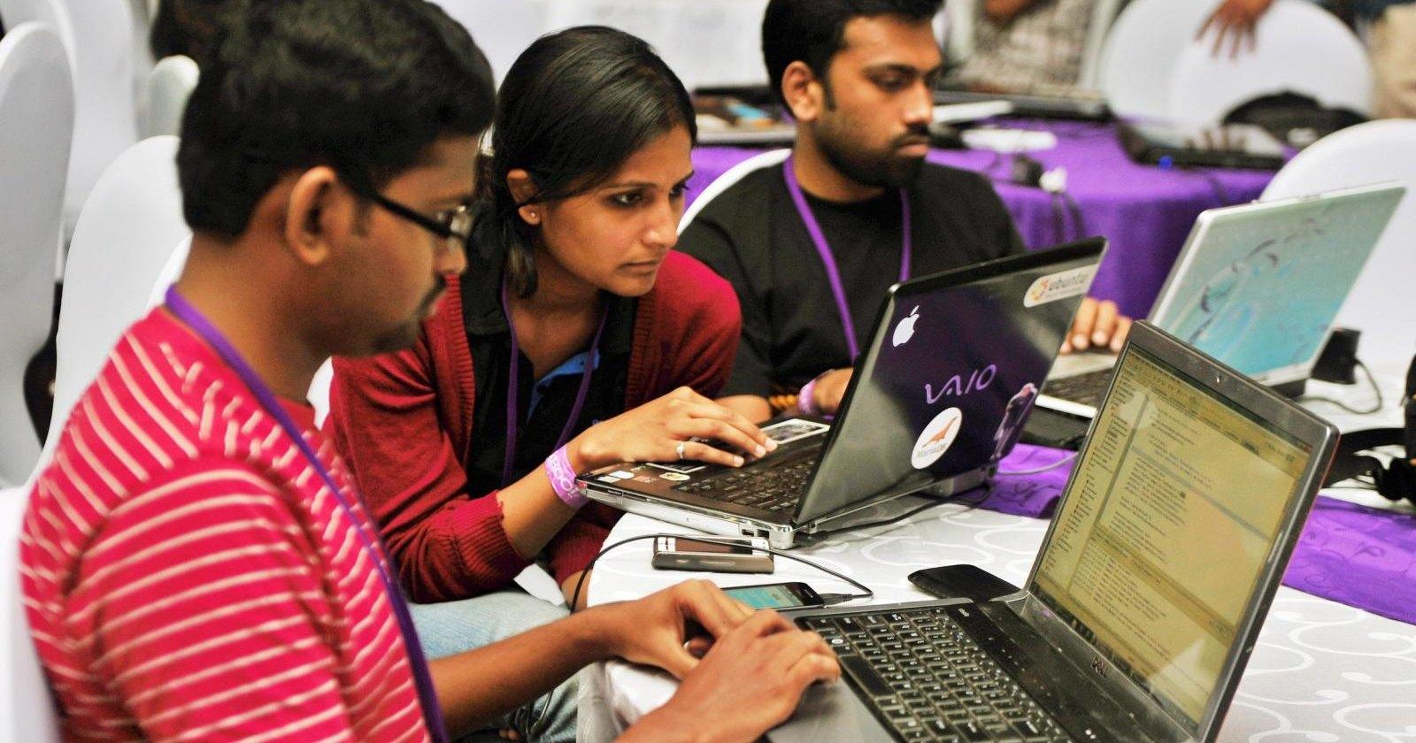 Индийцев выдавали за искусственный интеллект