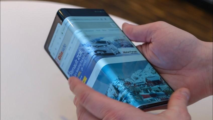 Huawei откладывает запуск складного смартфона до ноября - 1