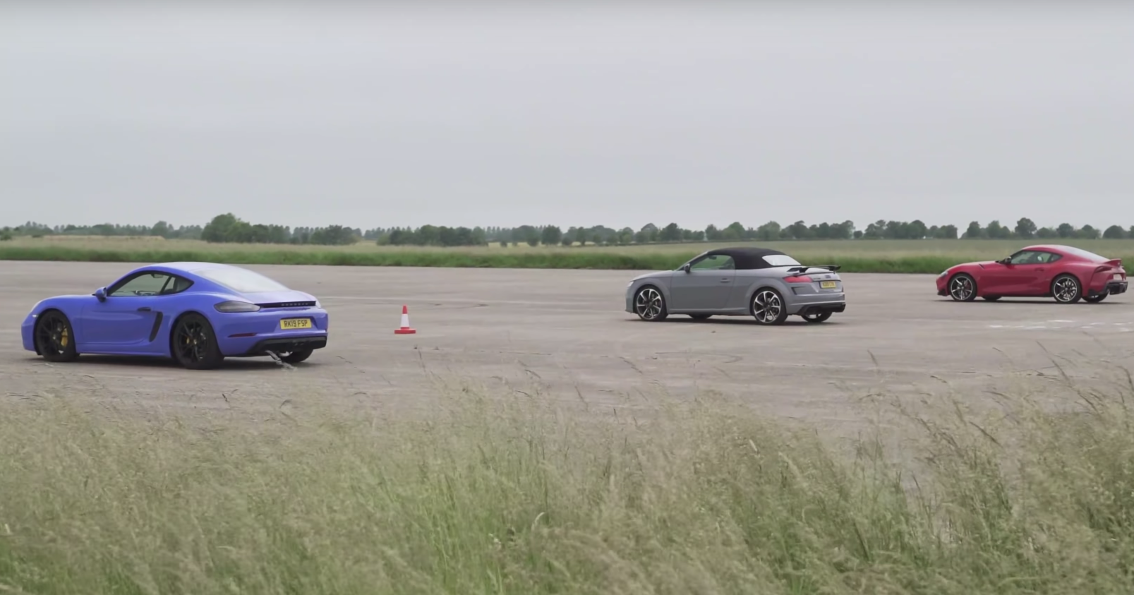 Toyota Supra, Porsche Cayman GTS, Audi TT RS, Alpine A110: дрэг-гонка