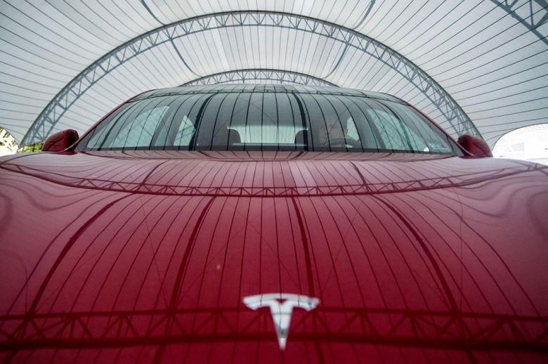 Немецкая компания, занимающая прокатом автомобилей, отказалась от электромобилей Tesla из-за низкого качества