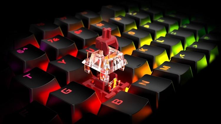 HyperX представила новые игровые устройства с беспроводной подзарядкой Qi