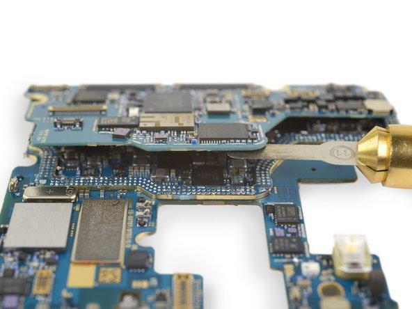 Детективная история с поиском громкоговорителя и всего 3 балла за ремонтопригодность: в iFixit разобрали Samsung Galaxy Note10+ 5G