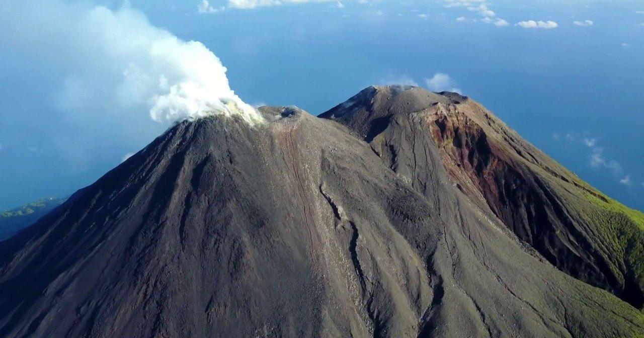 Карангетанг: вулканическая диковинка Востока