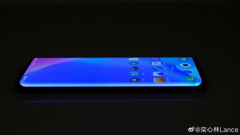«Экран-водопад» смартфона Vivo Nex 3 покрывает 99,6% площади лицевой панели