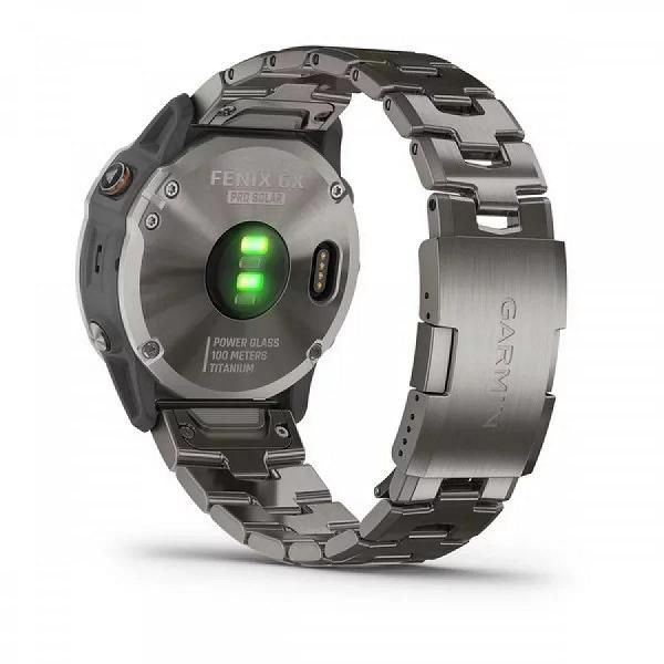 Солнечная батарея, датчик оксигенации крови и 32 ГБ памяти. Представлены умные часы Garmin Fenix 6X Pro Solar