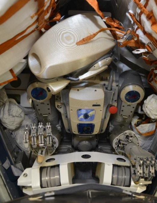 Робот FEDOR — много фото и даже видео с МКС, подготовка космонавта-оператора и первые испытания робота - 2