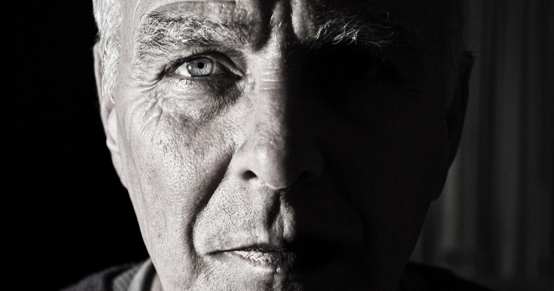 7 заболеваний, возникновение которых можно определить по лицу