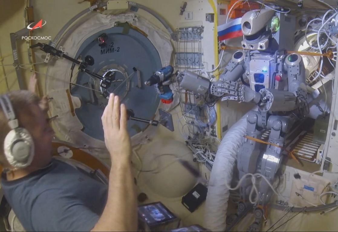 Робот FEDOR вернулся с МКС на Землю - 1
