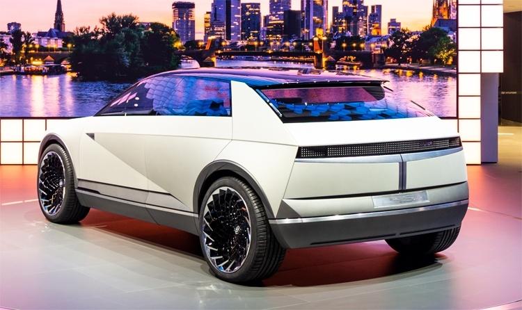 Hyundai «45»: концепт-кар с электрическим приводом