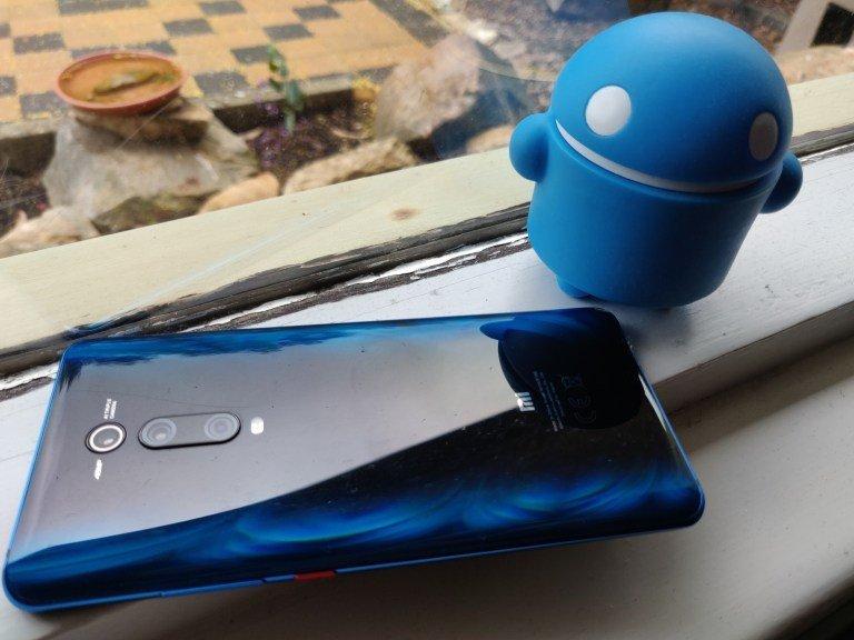 Бестселлер Xiaomi Mi 9T обновят до Android 10 уже в октябре