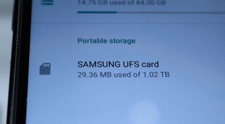 Карта памяти Samsung UFS объемом 1 ТБ сравнилась по скорости с флэш-памятью Samsung Galaxy S10 и Huawei P30