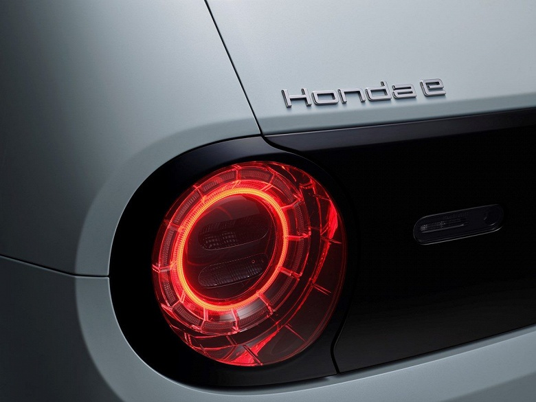 Заднеприводный электромобиль Honda e оценили в 30 000 евро