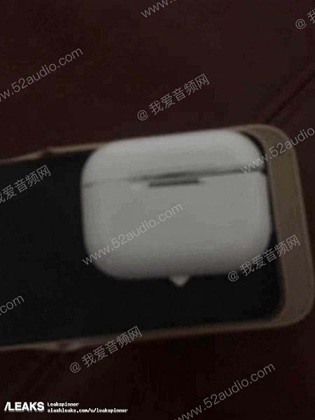 Опубликованы живые фото наушников Apple AirPods 3