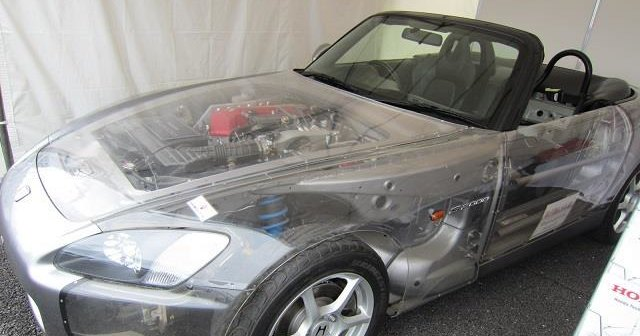В Японии показали прозрачную Honda S2000