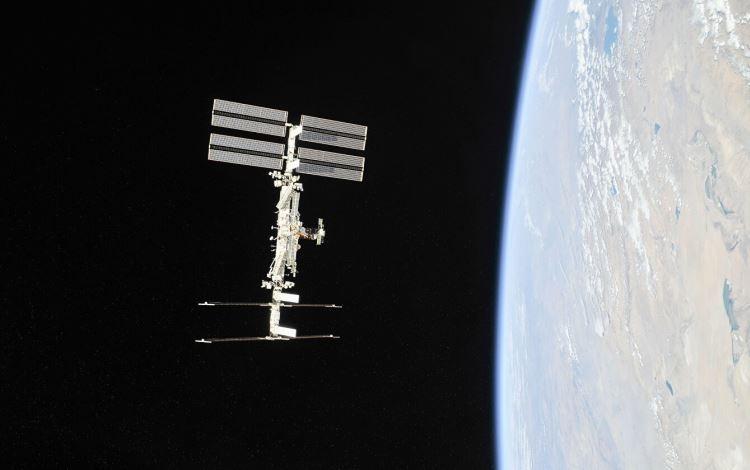 В результате корректировки высота орбиты МКС увеличилась на 1 км