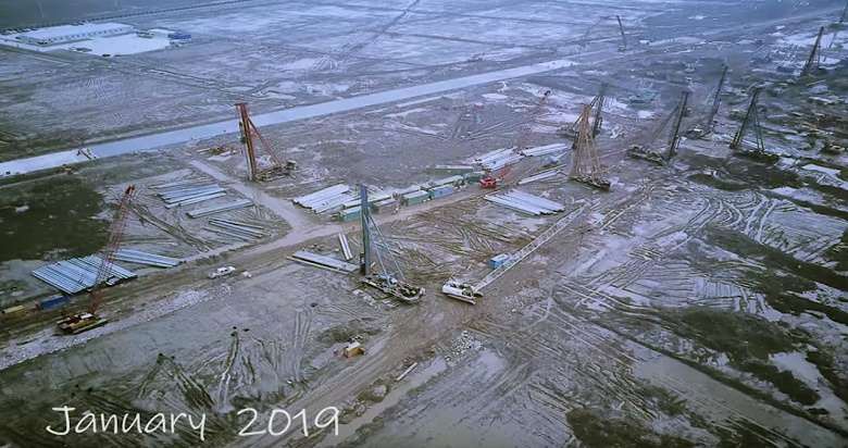 Видео дня: невероятные темпы строительства завода Tesla Gigafactory 3 в Китае