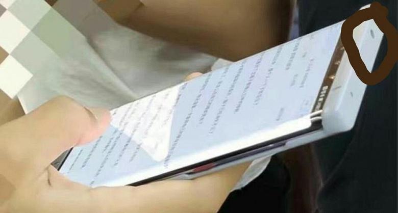 Нетипичный флагман? Huawei Mate 30 Pro получил стандартный разъем для наушников