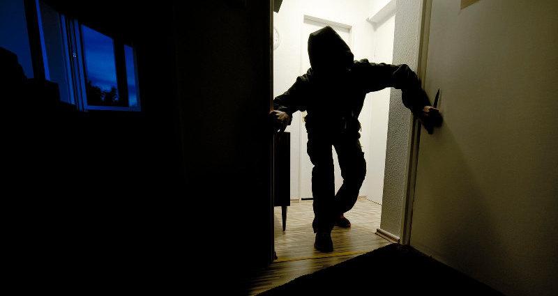 Ночной кошмар заставил женщину проглотить обручальное кольцо