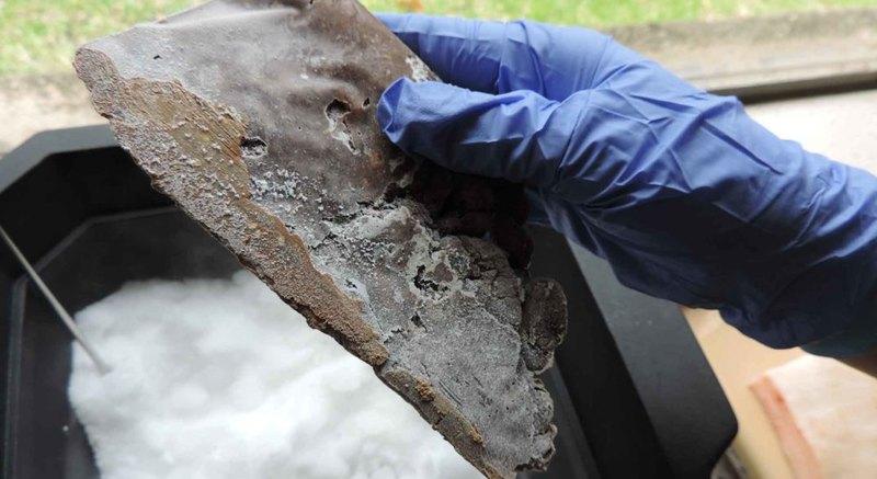 Можно ли сделать нож из фекалий человека: эксперимент археологов