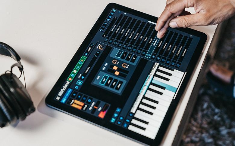 Roland выходит на рынок кроссплатформенных приложений для создания музыки с программой Zenbeats