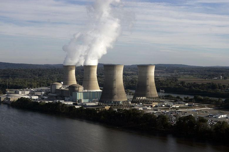 Атомную электростанцию, на которой произошла крупнейшая в США авария на АЭС, выводят из эксплуатации