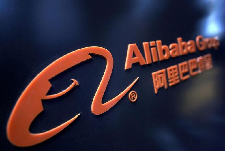 Бизнес и партия едины. Китай направит государственных представителей в частные фирмы, включая Alibaba