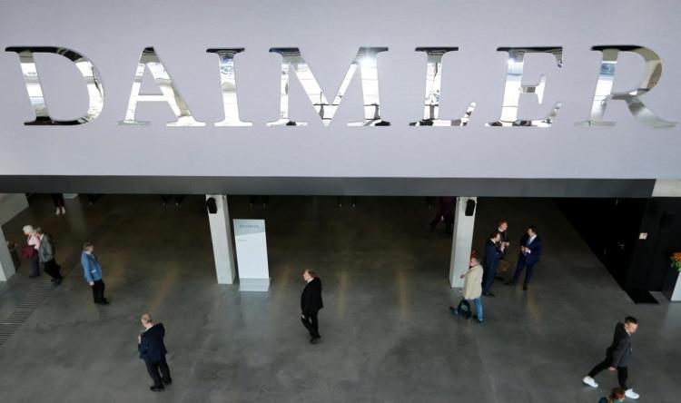 Daimler заплатит 870 млн евро за мошенничество с тестами на выбросы